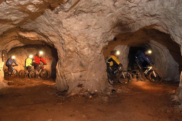 1431331259-1988-rudnik-mezica-kolesarjenje-slovenia-6